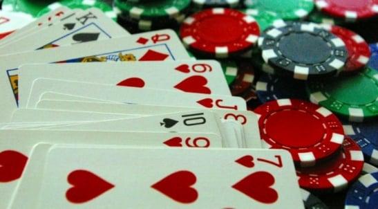 Dự luật poker trực tuyến tại New York tiến triển với sự đồng thuận của ủy ban