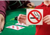 Người đánh bạc ở Macau vẫn hút thuốc bất chấp lệnh cấm